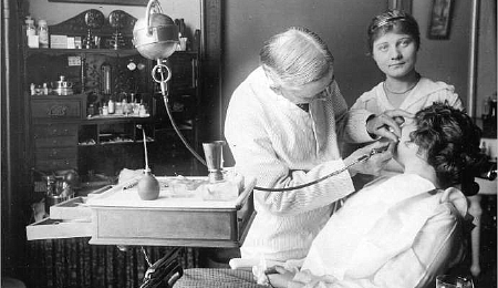 Dentist, Colorado, ca. 1915
