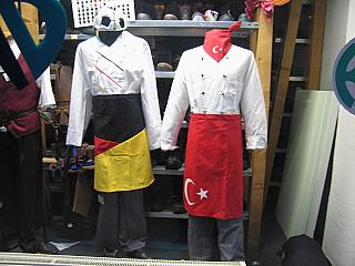 Kulturkampf im Neuköllner Schaufenster, Photo: Gabriele Kantel, 12.02.2006