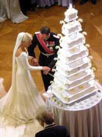 Elizabeth Smart Wedding Cake